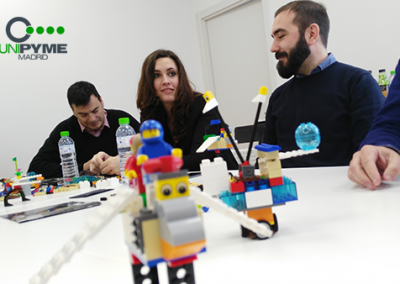 Participantes-UnipymeMadrid-con-Lego